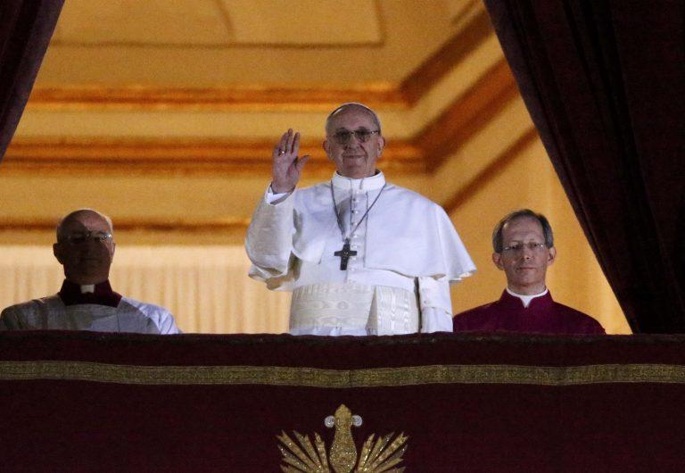 Ο Τσάβες μίλησε στον Χριστό για να βγεί Πάπας από την Λατινική Αμερική | Newsit.gr