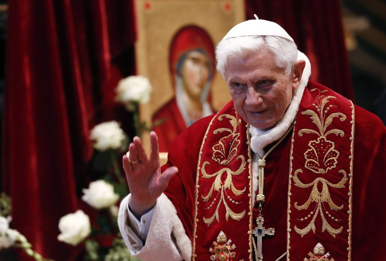 ΒΟΜΒΑ στο Βατικανό! Παραιτείται στις 28 Φεβρουαρίου ο Πάπας Βενέδικτος! «Με εγκατέλειψαν οι δυνάμεις μου» | Newsit.gr