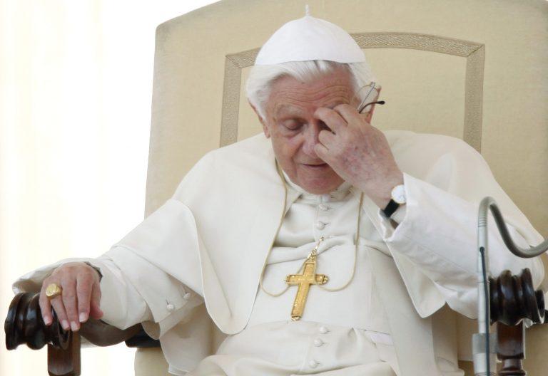 «Κύμα» παραιτήσεων στην καθολική εκκλησία   Newsit.gr