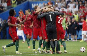 """Euro 2016: Ο Πορτογαλικός Τύπος """"αποθεώνει"""" την ομάδα του Σάντος"""