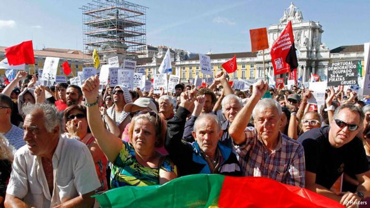 Δημοσιονομική ατομική βόμβα έσκασε στην Πορτογαλία | Newsit.gr