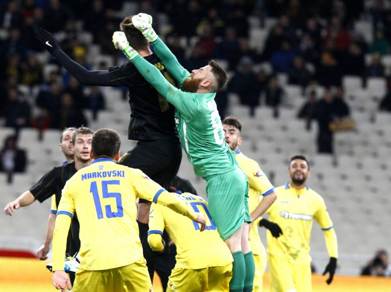 ΑΕΚ – Παναιτωλικός: «Κέρβερος» ο Κυριακίδης, αποδοκίμασες στο ΟΑΚΑ | Newsit.gr