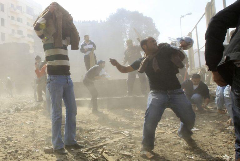 «'Εχω μόνο εκδορές στο πρόσωπο – Δεν φεύγω, ετοιμάζομαι να κατέβω για ρεπορτάζ» – Ο έλληνας δημοσιογράφος που δέχθηκε επίθεση μιλά στο Newsit | Newsit.gr