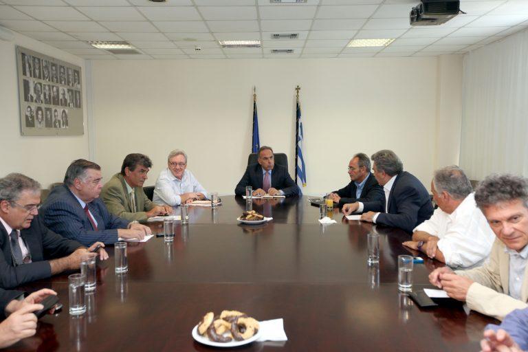 Συνεδριάζουν τη Δευτέρα οι πρυτάνεις για τα προβλήματα από το Μνημόνιο 3 | Newsit.gr