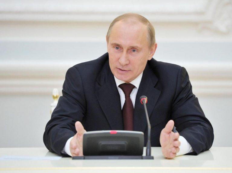 Ο Πούτιν όρισε τον Μεντβέντεφ διάδοχό του στο κόμμα | Newsit.gr