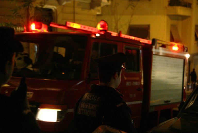 Φωτιές σε αυτοκίνητα τη νύχτα | Newsit.gr
