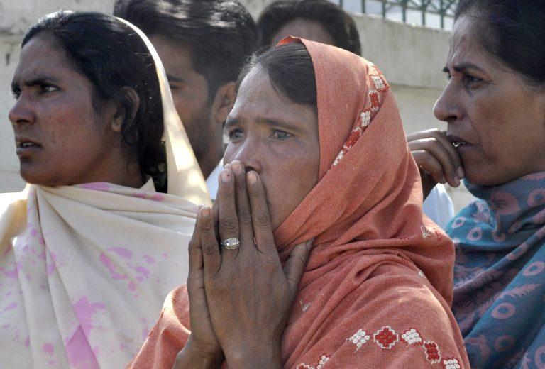 Νέο λουτρό αίματος στο Πακιστάν | Newsit.gr