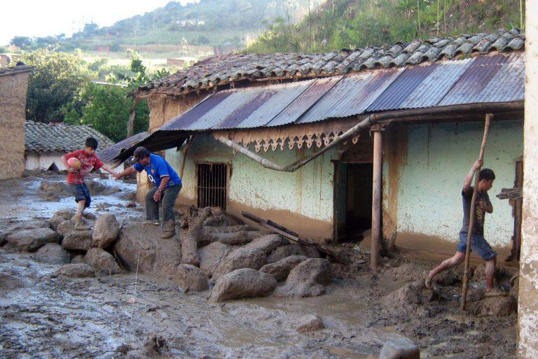 Τουλάχιστον 28 νεκροί από κατολισθήσεις στη Λίμα | Newsit.gr