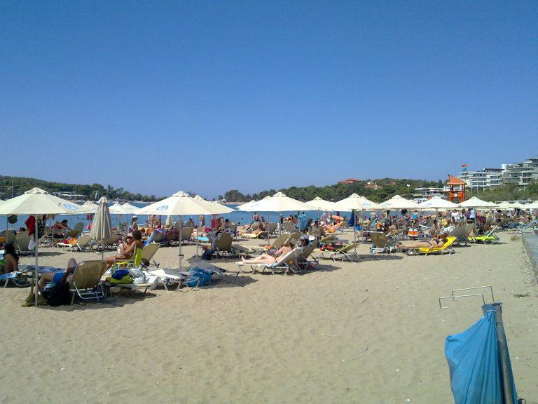 Έρευνα Newsit: Βουτιά και πενηντάρικο για μία οικογένεια | Newsit.gr