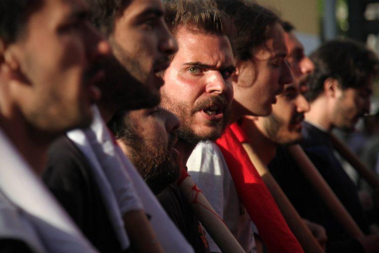 Ευθύνες στους πολιτικούς – πρόθεση για κινητοποιήσεις | Newsit.gr