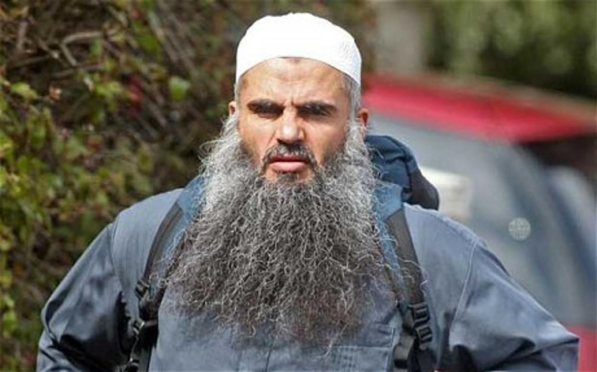 Ελεύθερος με εγγύηση ο Αμπού Κατάντα | Newsit.gr