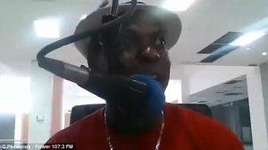 Εκτέλεσαν εκφωνητή και παραγωγό ενώ έκαναν live εκπομπή στο facebook [vid]