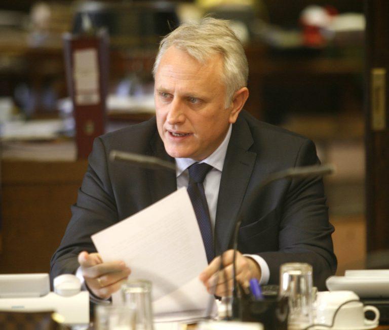 Ραγκούσης κατά Βενιζέλου – Διασύρει τους βουλευτές, καλά τους κάνει | Newsit.gr
