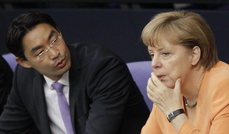 Ο Ρέσλερ επιμένει για την Ελλάδα παρά τις επιπλήξεις! | Newsit.gr