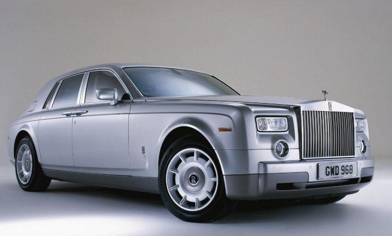 Η Rolls Royce θα καταργήσει περίπου 400 θέσεις εργασίας | Newsit.gr