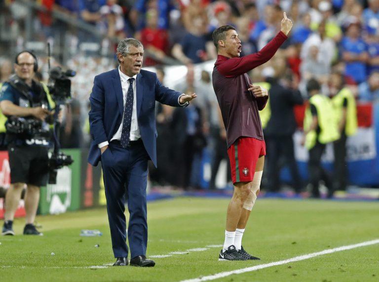 Πορτογαλία – Γαλλία: Ρονάλντο, ο προπονητής δίπλα στον Σάντος (ΦΩΤΟ)