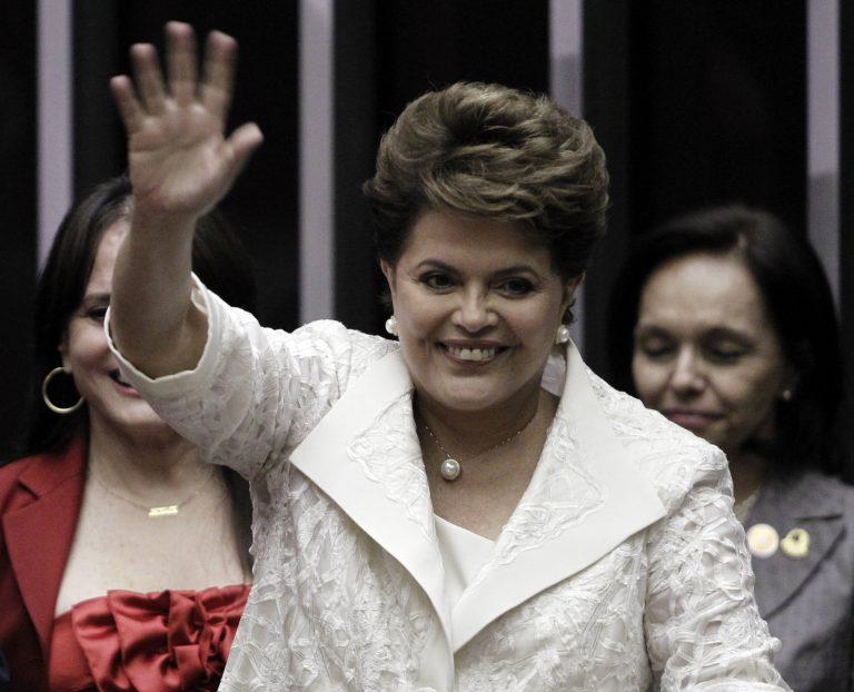 Ορκίστηκε η πρώτη γυναίκα πρόεδρος της Βραζιλίας | Newsit.gr