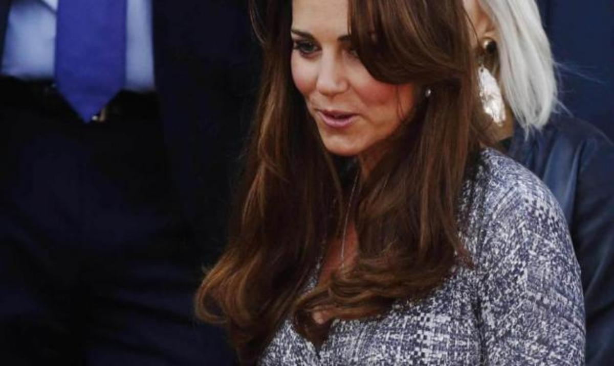 K. Middleton: Δείχνει την κοιλιά της και το ζεστό χαρακτήρα της αφού την αποκάλεσαν «πλαστική πριγκίπισσα για αναπαραγωγή»! | Newsit.gr