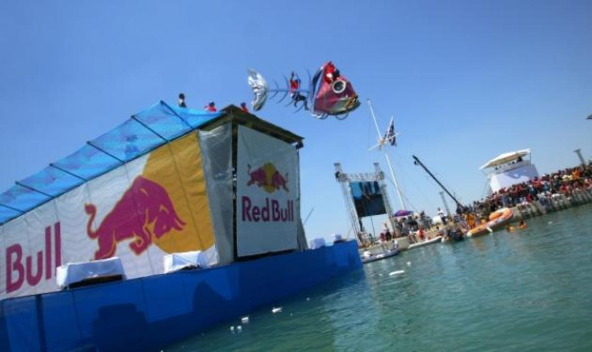 Red Bull Flugtag! To event που δεν πρέπει να χάσεις! | Newsit.gr