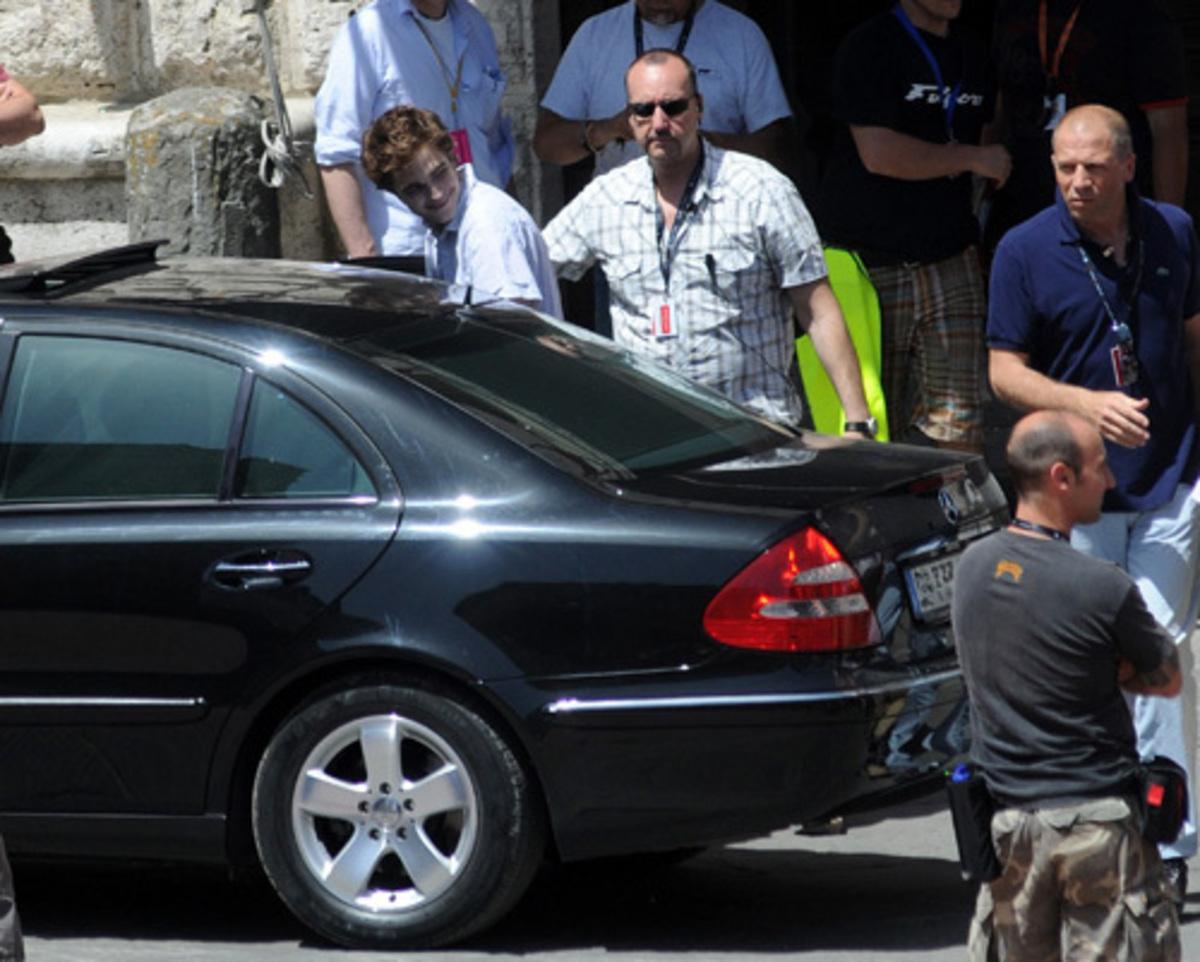 Δεν πηγαίνει πουθενά χωρίς τους σωματοφύλακές του! | Newsit.gr