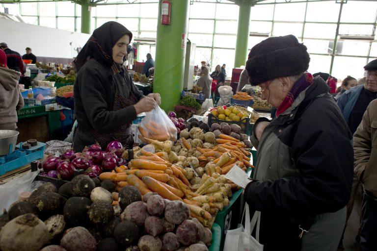 Το 65% των Ρουμάνων προτιμά τα εγχώρια προϊόντα | Newsit.gr