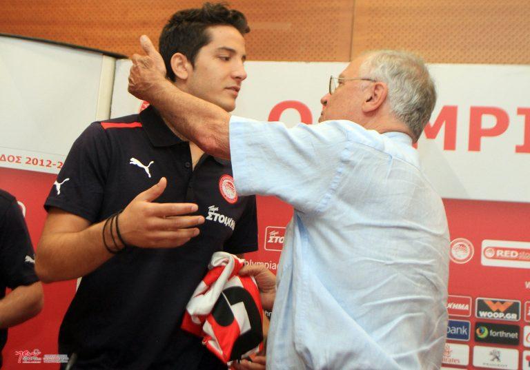 Θεοδωρίδης: Δεν θέλαμε να παίξει ο Μανωλάς με την ΑΕΚ   Newsit.gr
