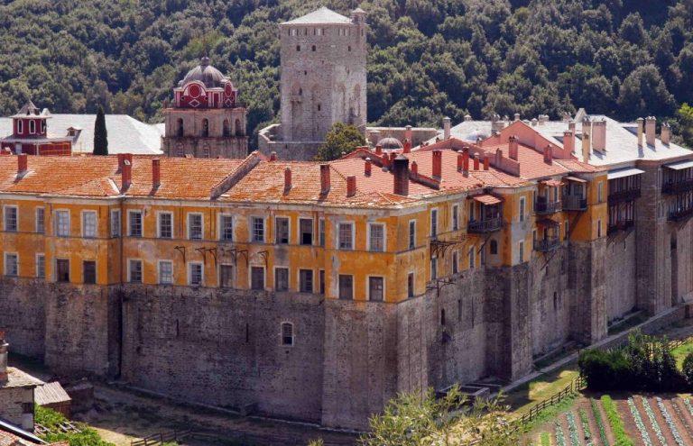 Απαλλαγή από τη φορολόγηση περιουσιακών τους στοιχείων εκτός Αγίου Όρους ζητούν οι μοναχοί | Newsit.gr