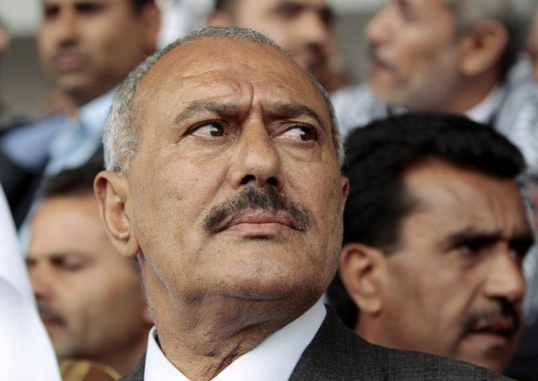 Υεμένη: Εγκαταλείπει την εξουσία ο Σάλεχ | Newsit.gr