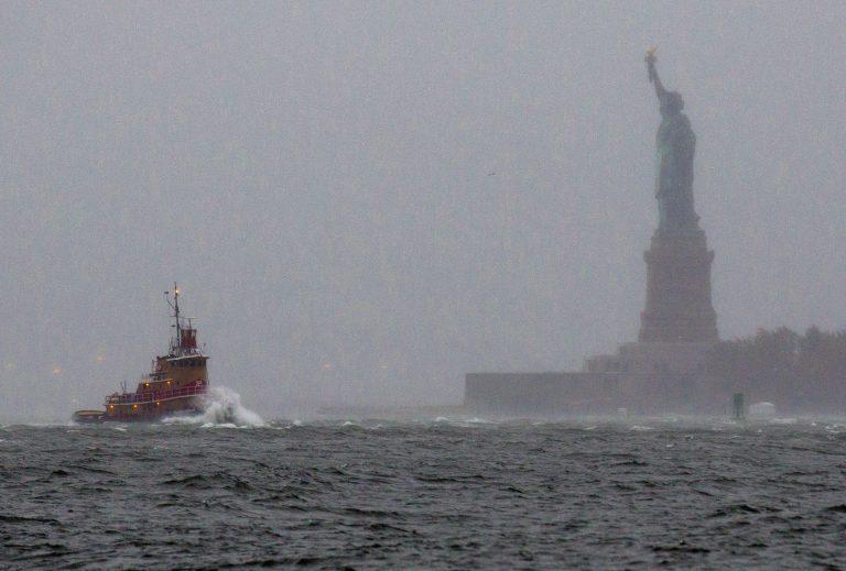 Ώρες αγωνίας για τους έλληνες της Ν.Υόρκης λόγω SANDY   Newsit.gr