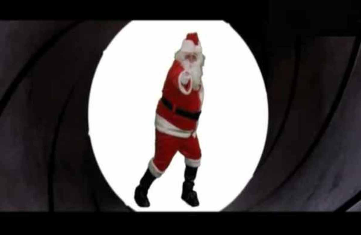 Ο James Bond ντύθηκε Άγιος Βασίλης! | Newsit.gr