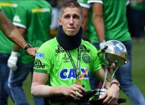Σαπεκοένσε: Οι επιζώντες σήκωσαν με δάκρυα στα μάτια το Copa Sudamericana [pics]