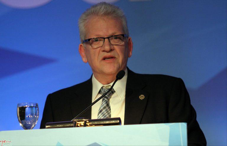 Σαρρής: Συμφωνία για να σωθεί το Ελληνικό ποδόσφαιρο | Newsit.gr