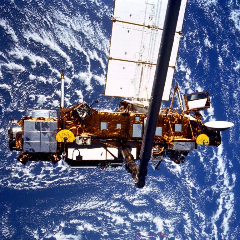 Δορυφόρος θα πέσει στη Γη – Κανείς δεν ξέρει πού ακριβώς | Newsit.gr