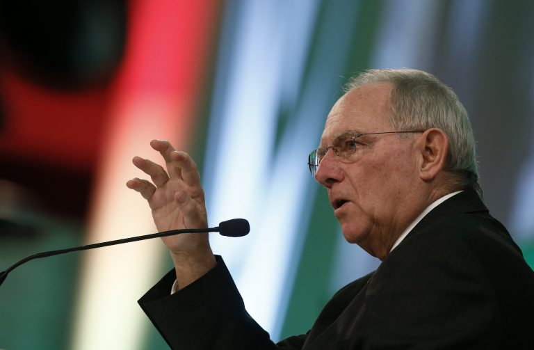 Ο Σόιμπλε «βλέπει» συμφωνία για την Ελλάδα τη Δευτέρα | Newsit.gr