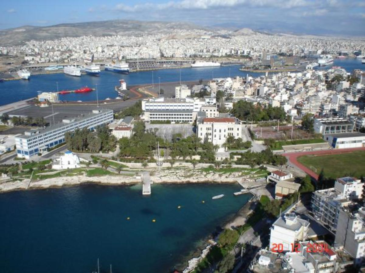 Μετά τη τσέπη των στρατιωτικών,βάζουν χέρι και στη περιουσία των Ενόπλων Δυνάμεων   Newsit.gr
