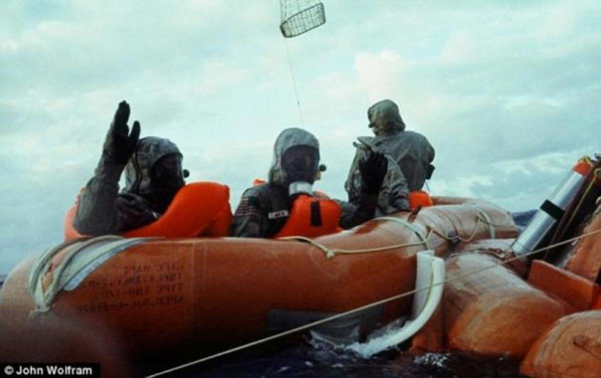 Οι Seals που «μάζεψαν» τους πρώτους ανθρώπους από το φεγγάρι! Φωτορεπορτάζ | Newsit.gr