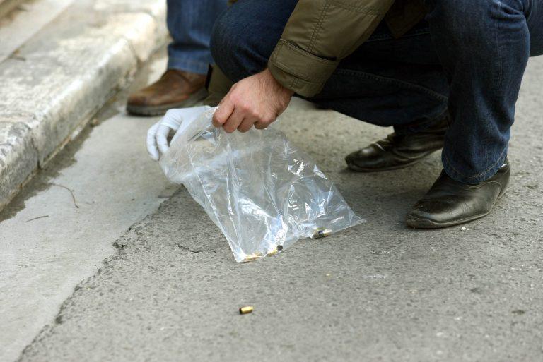 Τον πυροβόλησαν στη μέση του δρόμου | Newsit.gr