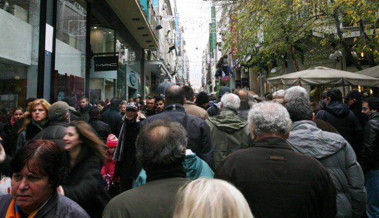 ΕΒΕΑ: «Να ανοίγουν και τις Κυριακές τα κατάστήματα» | Newsit.gr