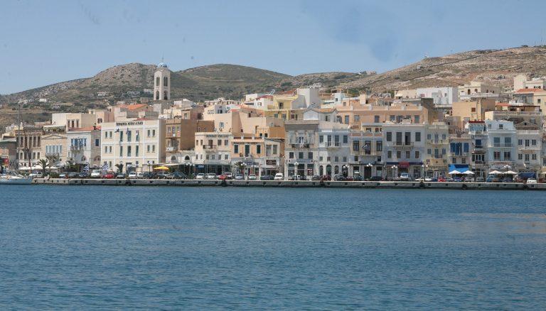 Σύρος: Οι διαρρήκτες περίμεναν το πλοίο της γραμμής! | Newsit.gr