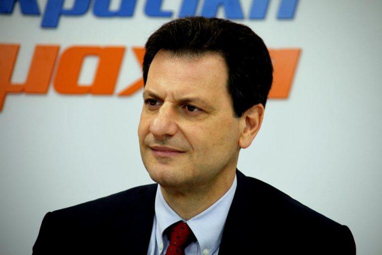 Ανεξαρτητοποιείται ο Θ.Σκυλακάκης μετά την απόφαση Ντόρας να συνεργαστεί με ΝΔ | Newsit.gr