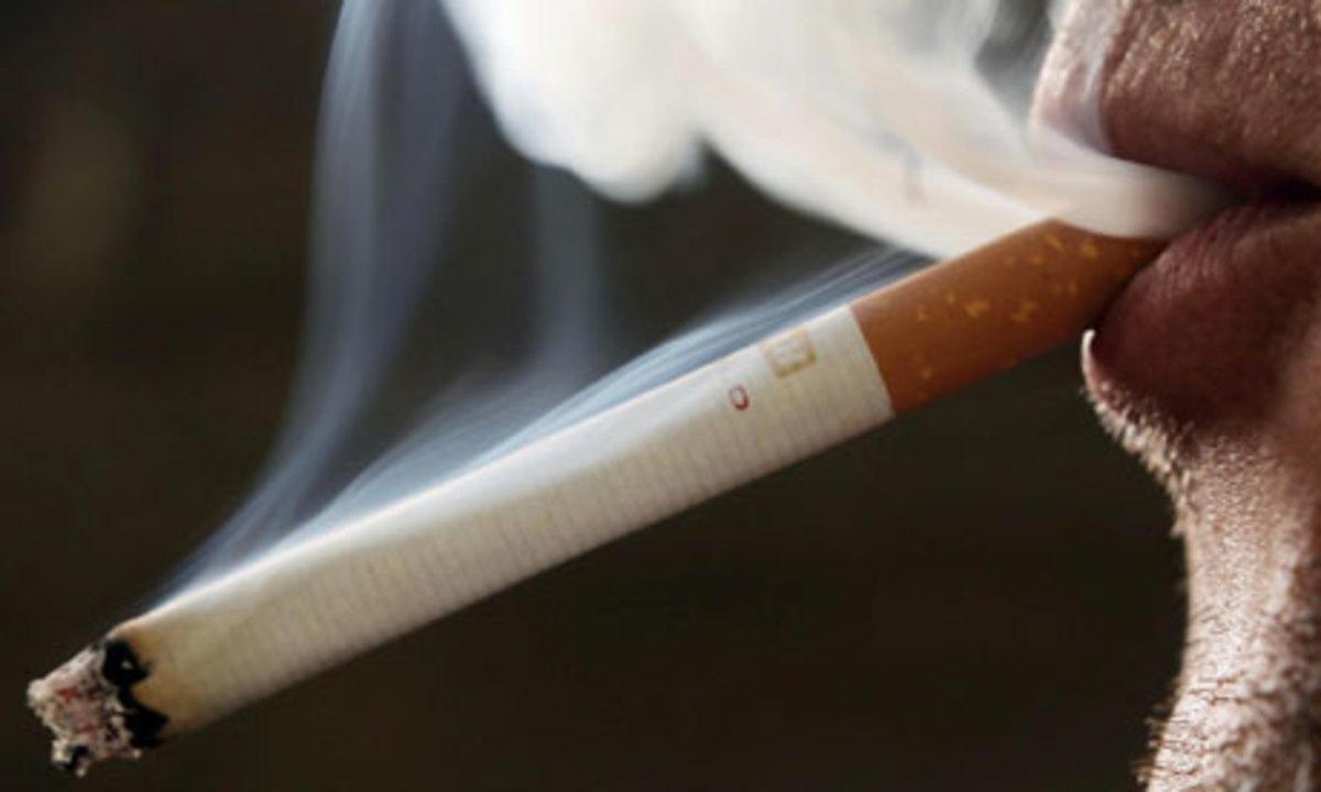 Το κάπνισμα μας χαζεύει   Newsit.gr