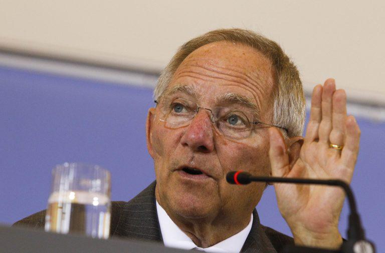 Σόιμπλε: Δεν χρειάζεται η συμμετοχή του δημόσιου τομέα στο PSI | Newsit.gr