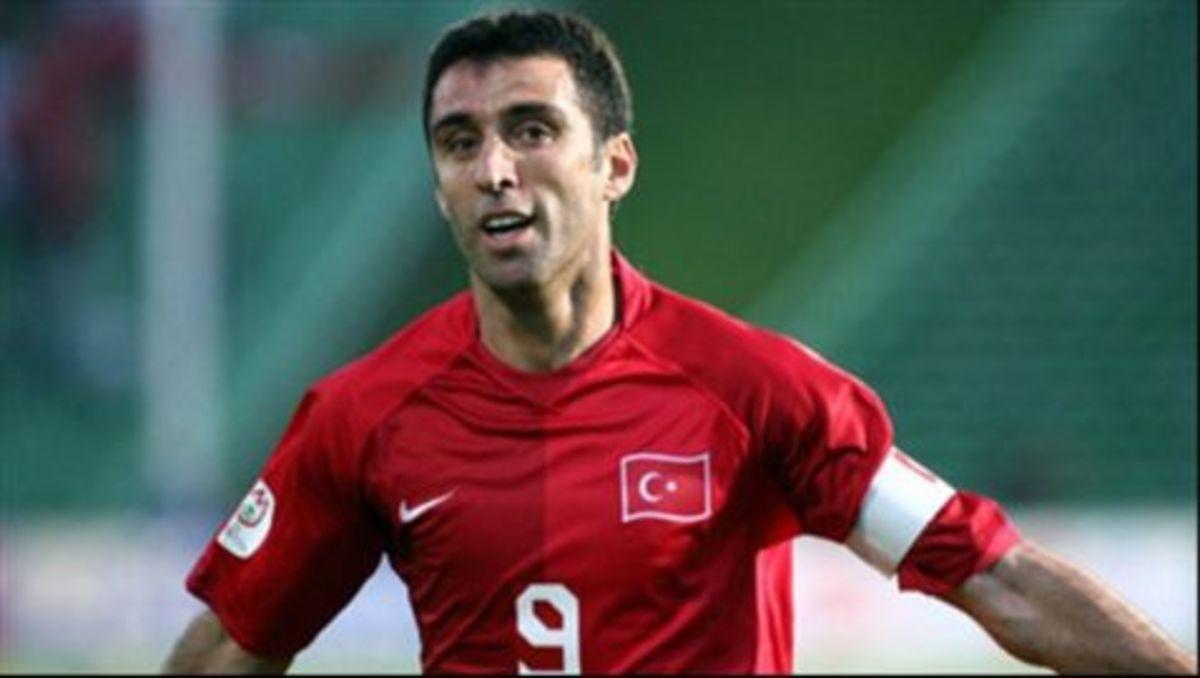 Άναψε φωτιές στον Ερντογάν ο Χακάν Σουκούρ: Είμαι Αλβανός | Newsit.gr