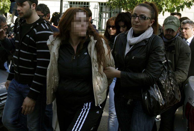 Αλκέτ Ριζάι: η Σούλα είναι αθώα | Newsit.gr