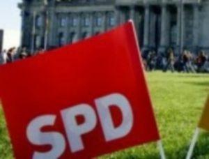 Δημοψήφισμα 2015 – Το συγκυβερνών κόμμα της Γερμανίας ζητά έκτακτη Σύνοδο Κορυφής