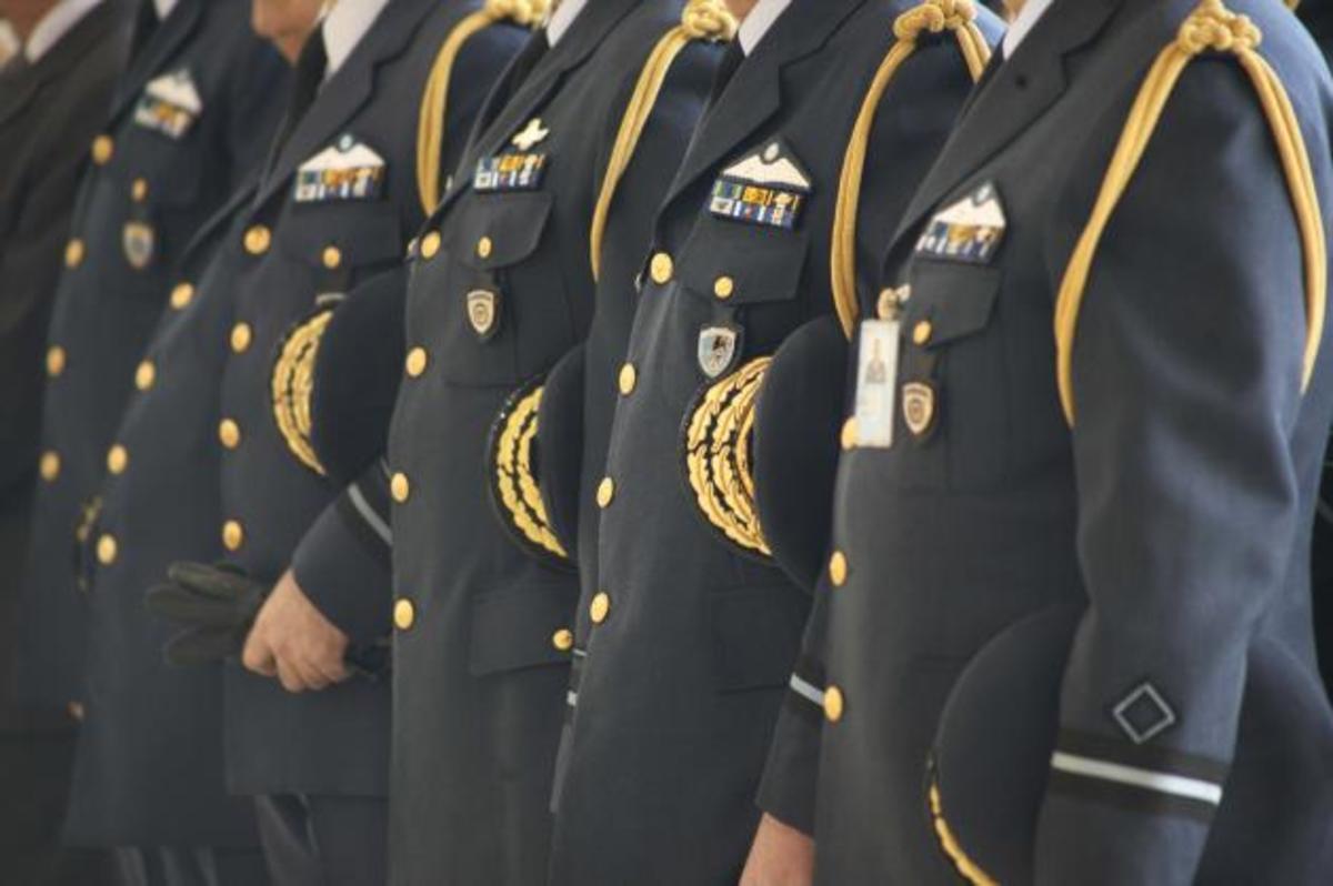 Έλληνες αξιωματικοί στο ΝΑΤΟ – «Όργιο» σπατάλης καταγγέλει βουλευτής | Newsit.gr