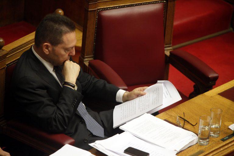 Δημόσιο: Στουρνάρας κατά Μανιτάκη για τις απολύσεις | Newsit.gr