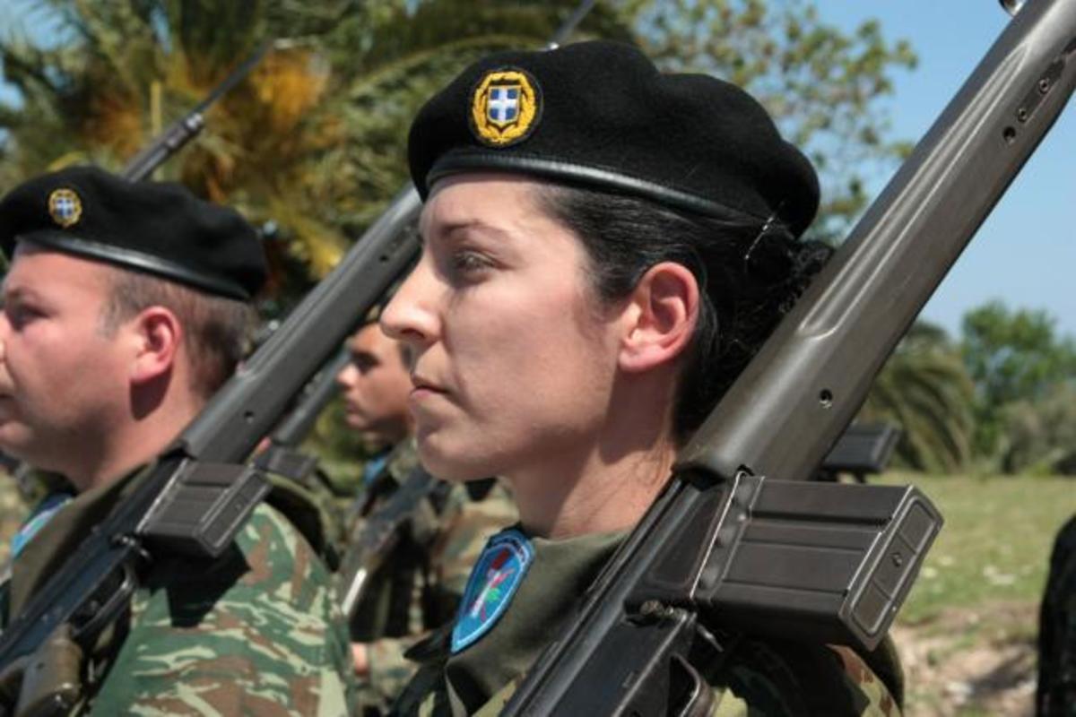 «Περικοπές στους στρατιωτικούς θα γίνουν». Τι λέει στέλεχος της ΔΗΜΑΡ,τι ποσοστό δίνει | Newsit.gr