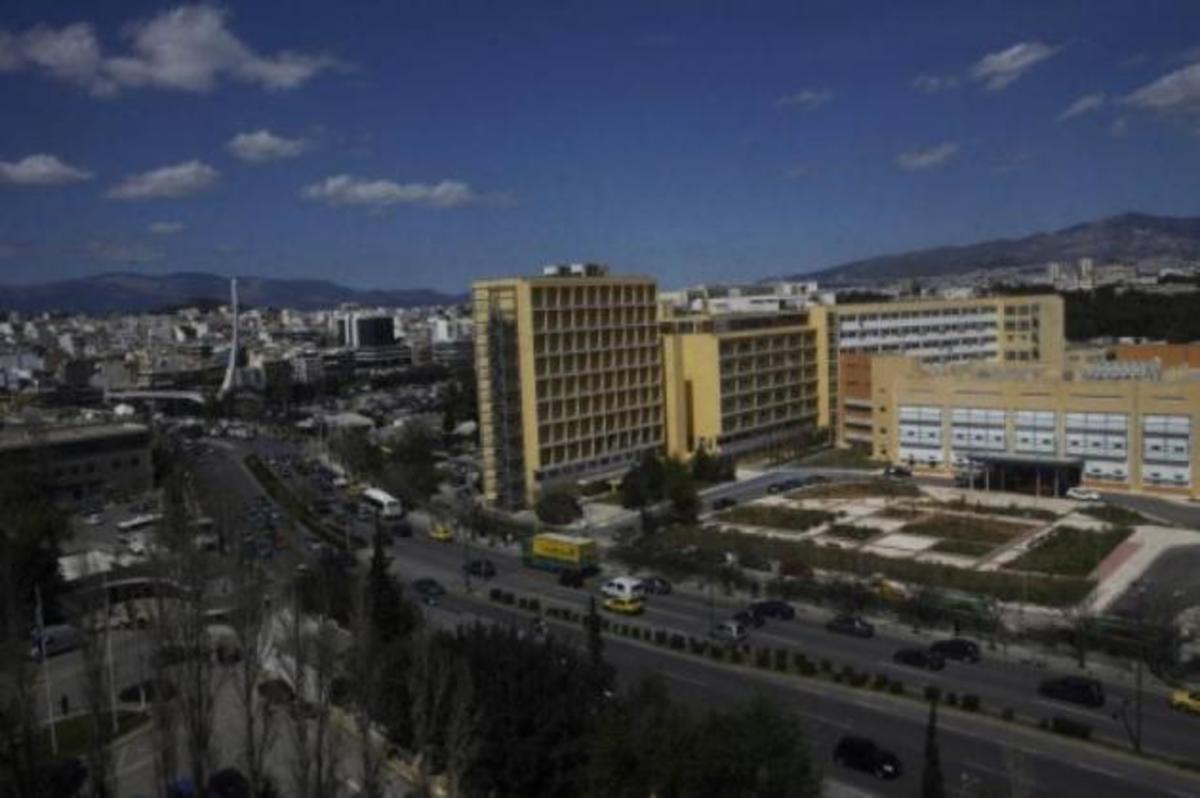 «Το κλείσιμο ενός στρατιωτικού νοσοκομείου ζητάνε οι δανειστές»! Καταγγελία ΑΝΕΑΕΔ | Newsit.gr