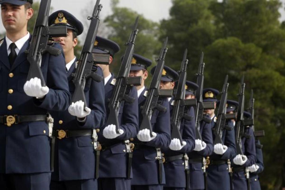Πάνω από 45% η «χασούρα» για τους στρατιωτικούς! Πίνακας που δείχνει ότι είναι οι πιο αδικημένοι | Newsit.gr